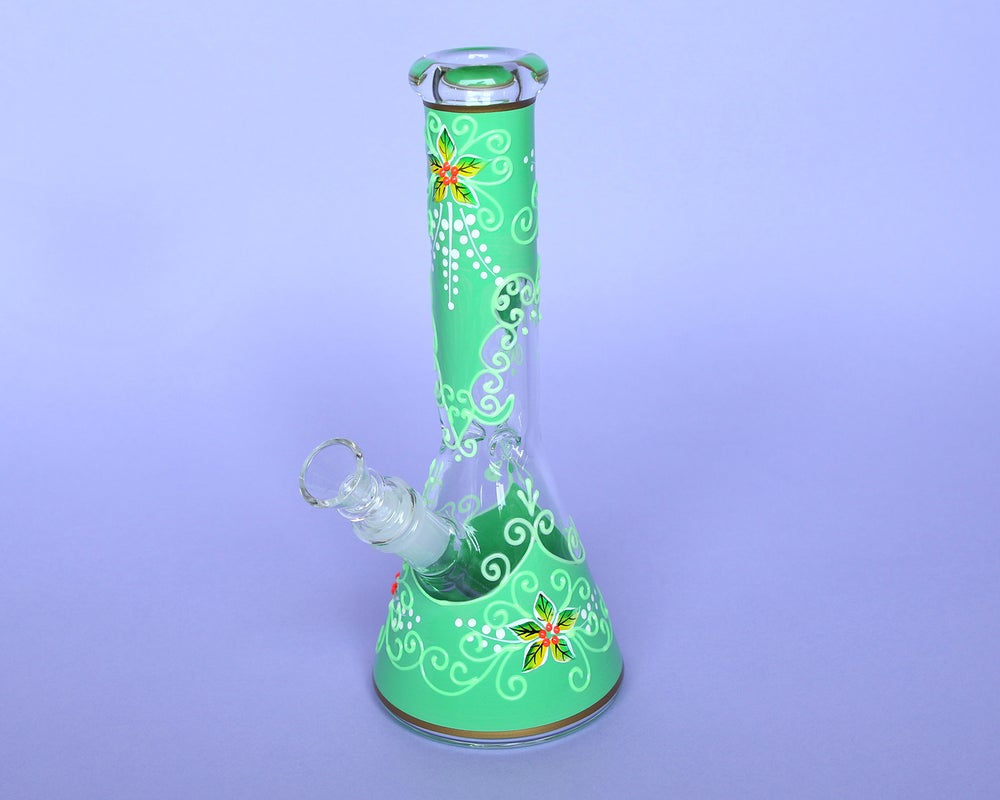 Jazmine Water Pipe (Glow In The Dark)