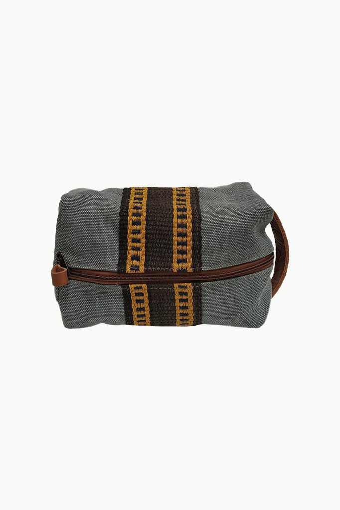 Leather and chaguar  travel bag