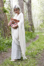 Load image into Gallery viewer, Natural White llama handwoven poncho
