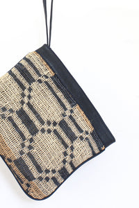Virginia | Patterned clutch bag