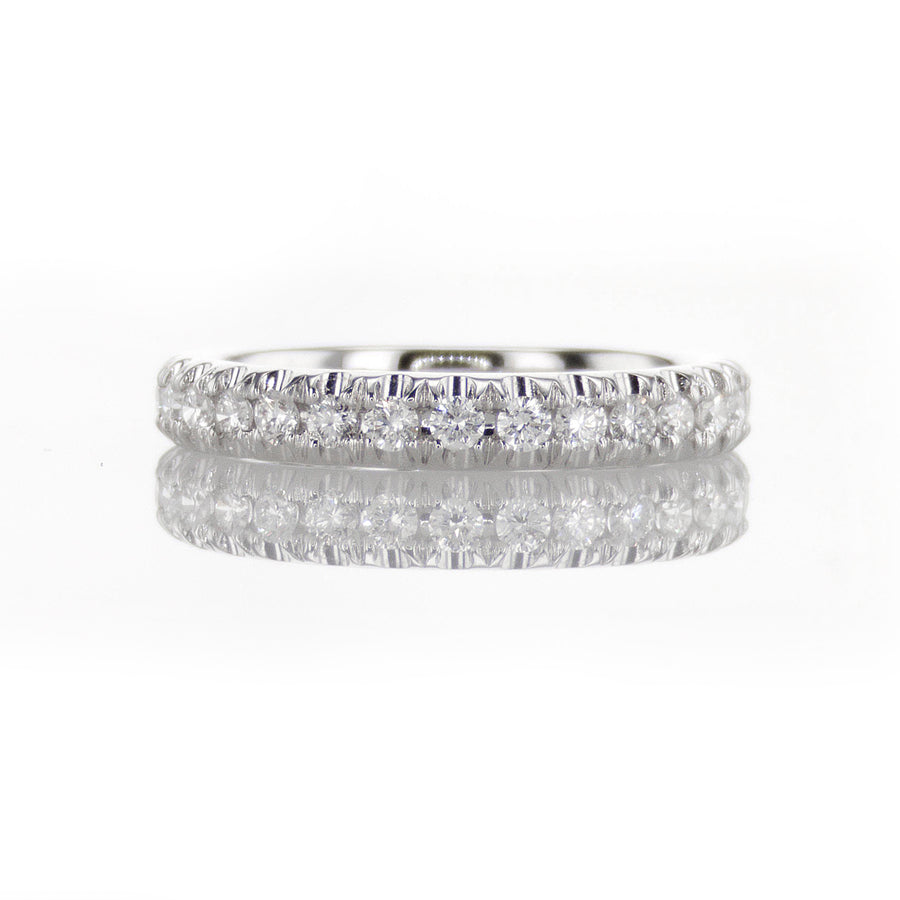 Classic Fishtail Edge Diamond Band in 18K White Gold - BN0480