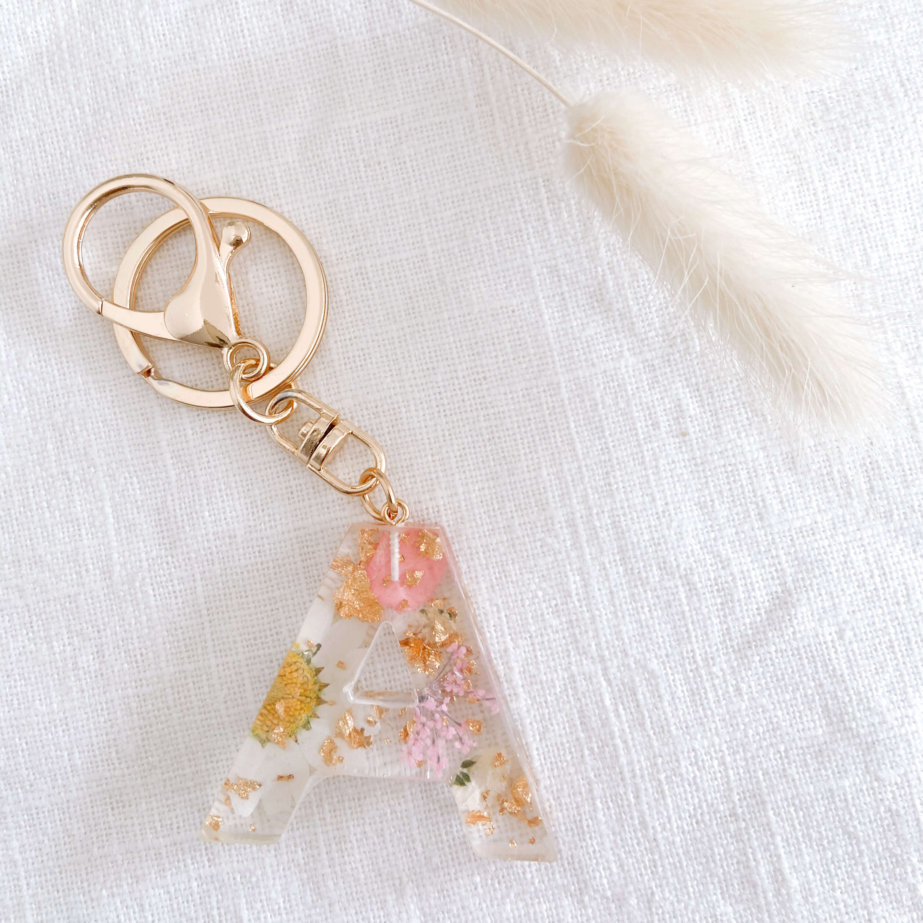Kid's Backpack accessories White and pink letter keyring