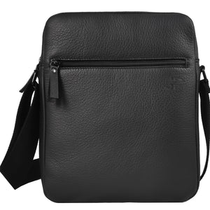 """Daybag 11"" shoulder bag, tablet compartment up to 11 inches, black leather"