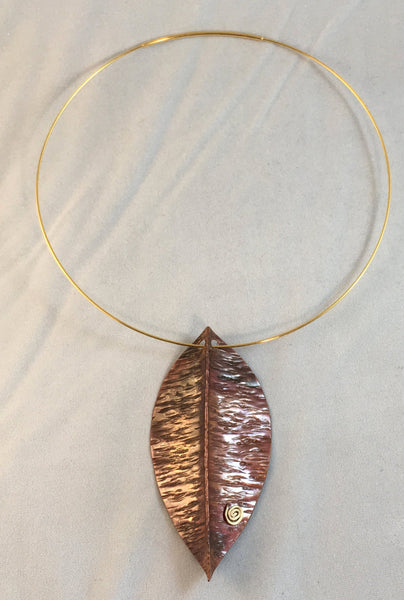 Spirit House - Copper leaf with amber drop on gold plated neckwire