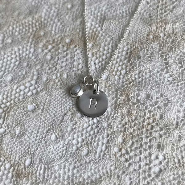 'initial coin & pearl' necklace | 925 silver