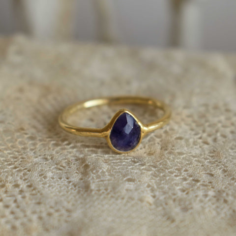 sapphire | 'laia' ring | 24k gold-plated