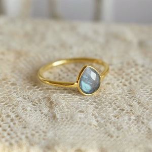 labradorite | 'laia' ring | 24k gold-plated