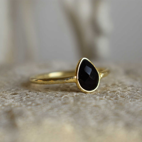 onyx | 'laia' ring | 24k gold-plated