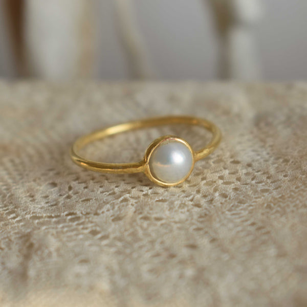 Ring *laia* pearl - gold plated