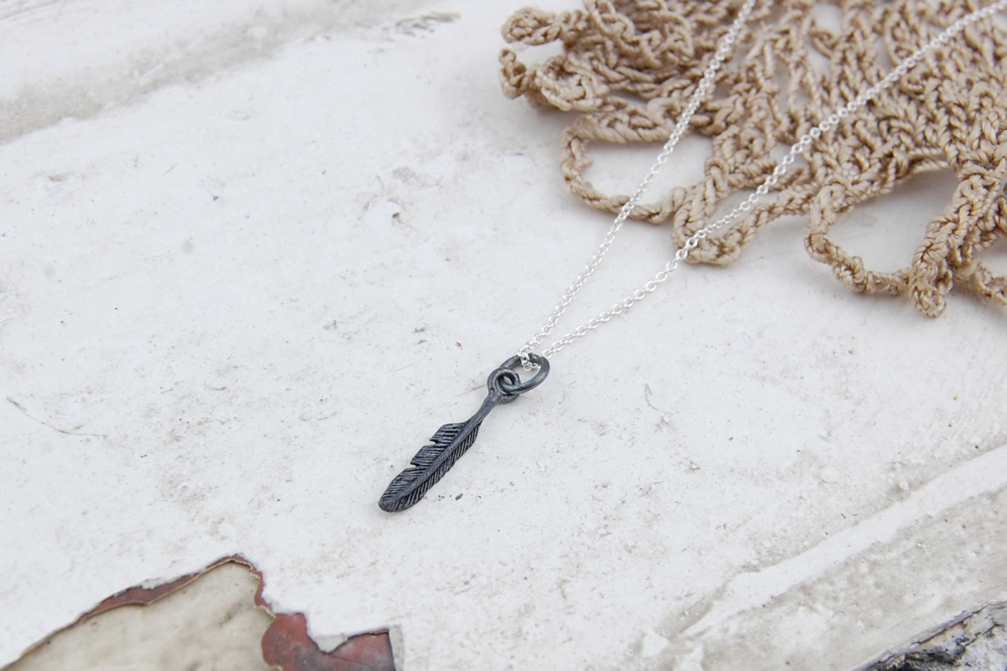 feather pendant necklace (925 silver oxidised)