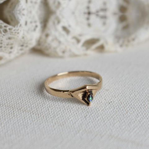 Abalone | art deco triangle bronze ring with abalone