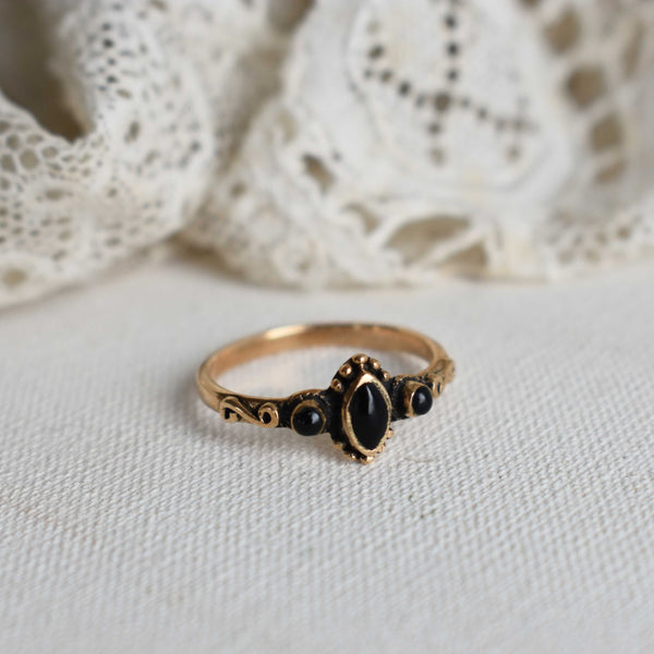 eva bronze ring with onyx