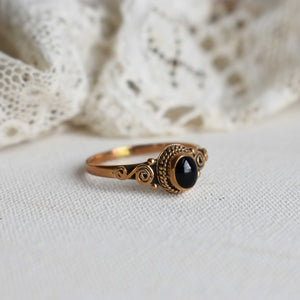 bronze ring with braided onyx