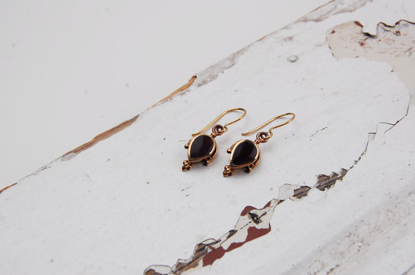 vintage bronze earrings with onix