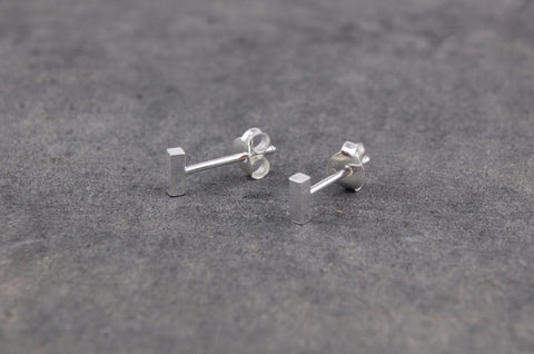 mini bar earstuds (925 silver)