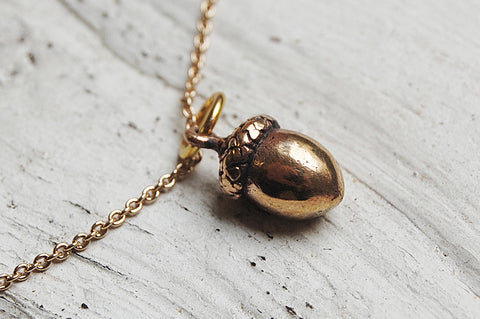 acorn bronze pendant necklace