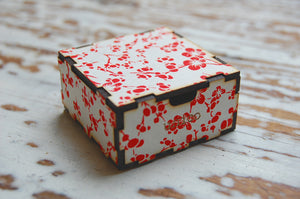 chiyogami gift box (small)