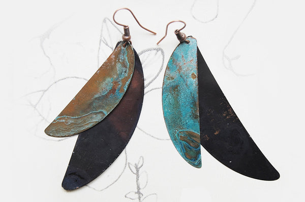 'crescent' earrings | oxidized copper