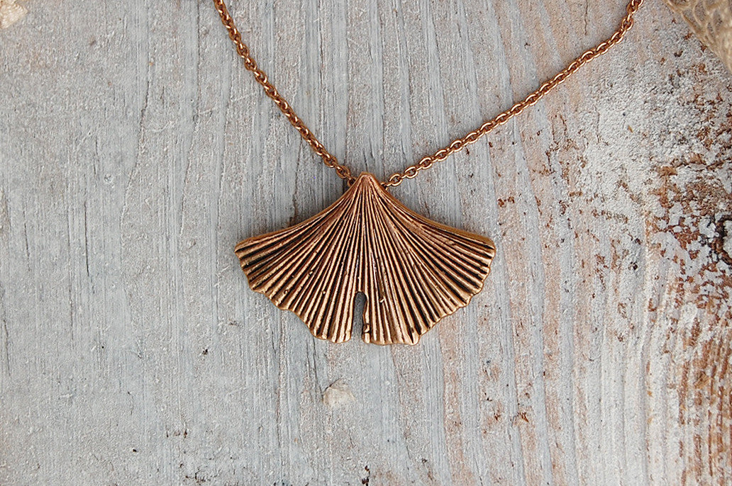 gingko leaf fan necklace (bronze)