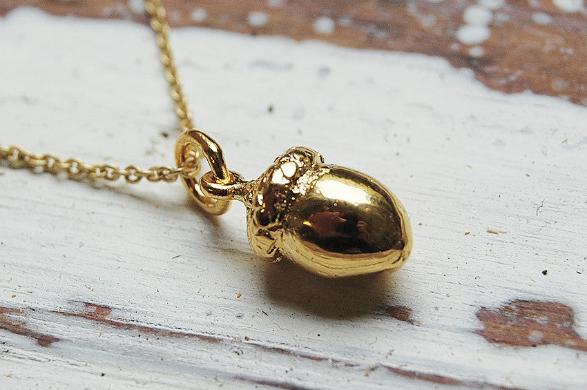 acorn gold plated pendant necklace