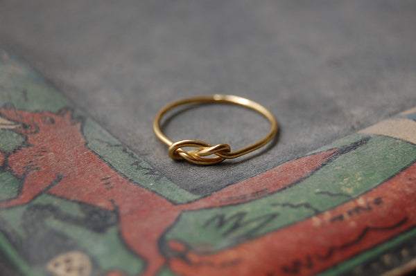 'infinity knot' ring | 24k gold-plated