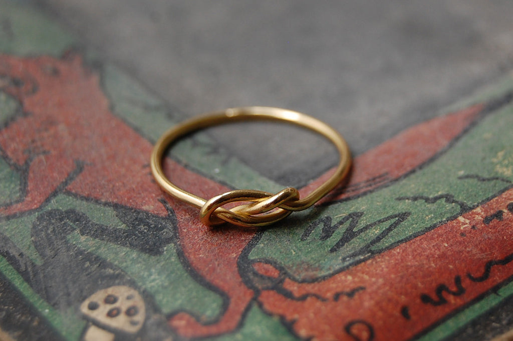 'infinity knot' ring (925 silver gold-plated)