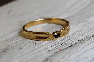 bronze ring with onyx stone