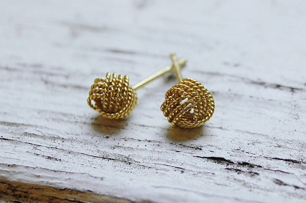 knot ear studs (gold plated) - only one