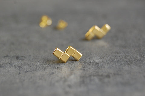 grid earstuds - 4 squares shape (925 silver gold-plated)