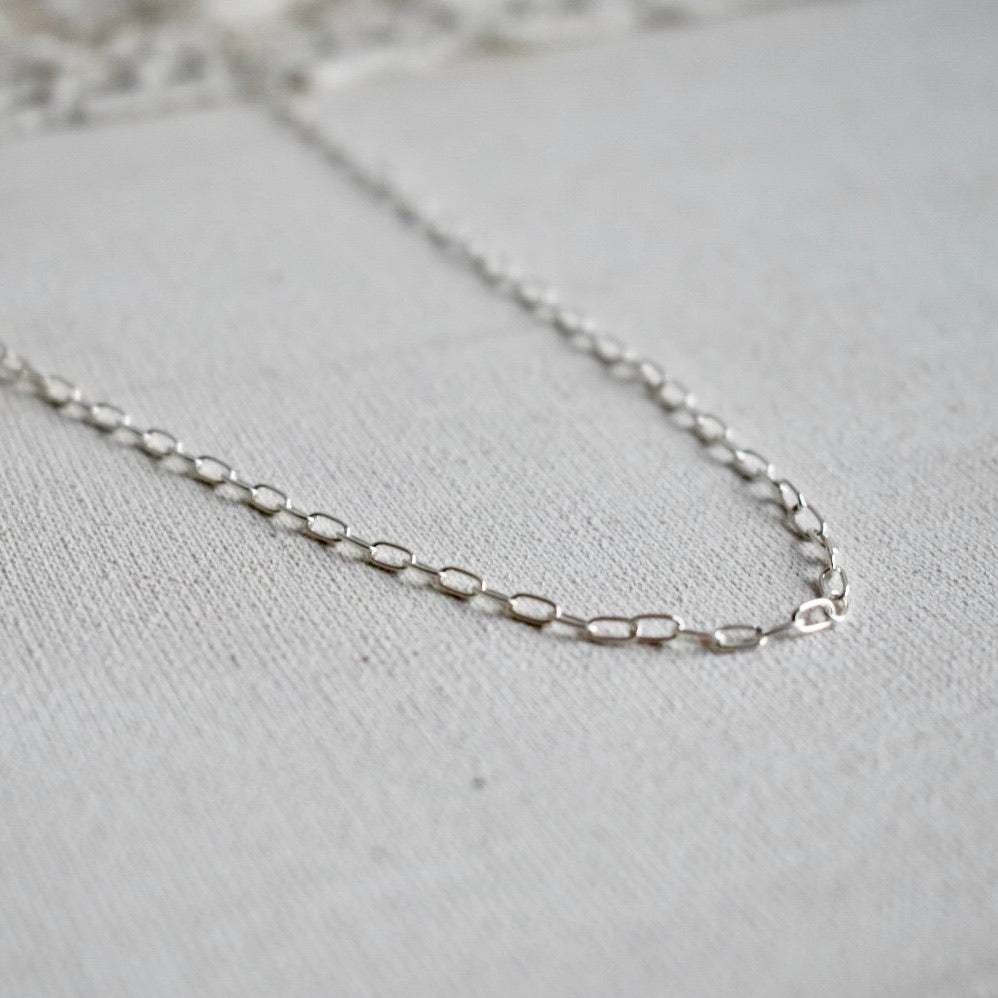single special lace chain
