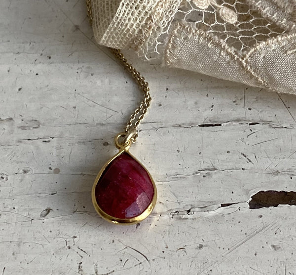Ruby | stone necklace