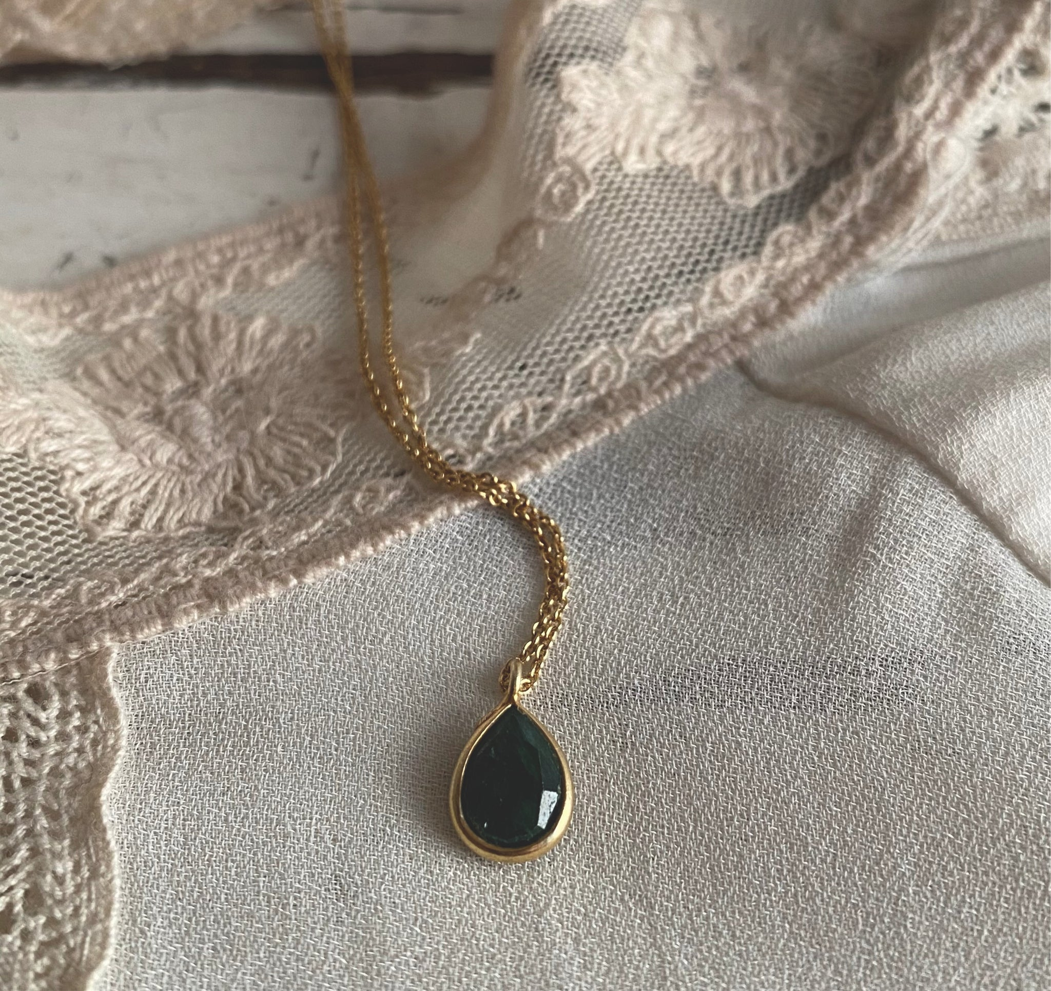 Emerald small | necklace
