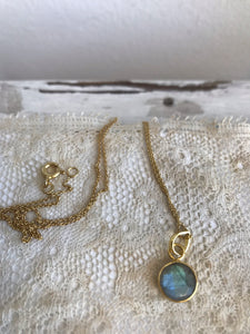 labradorite | stone necklace | 24k gold-plated