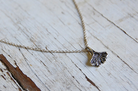 gingko leaf necklace (925 silver)
