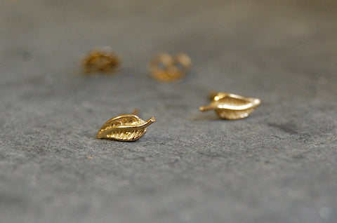 leaf 925 silver gold-plated ear studs