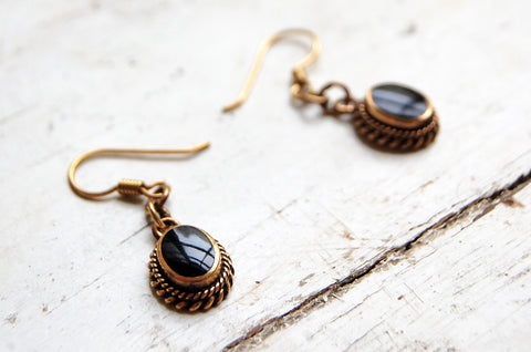 ora earrings (onyx)