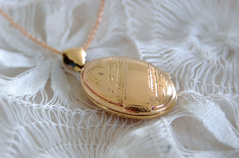 locket necklace bronze