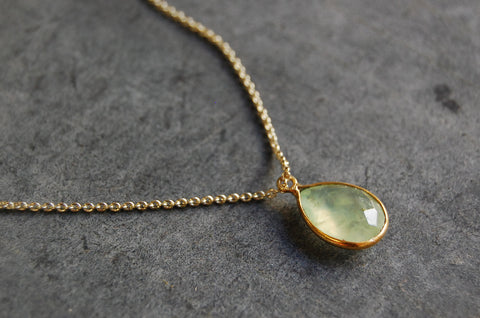 prehnite | stone pendant necklace | 24k gold-plated