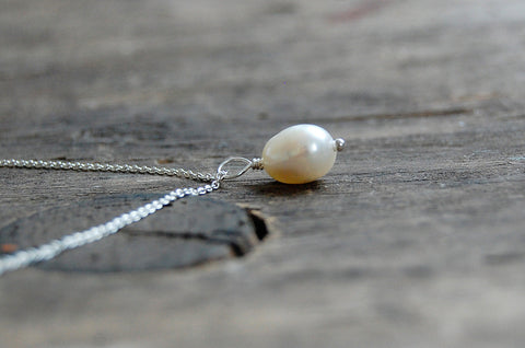 sweet water pearl necklace