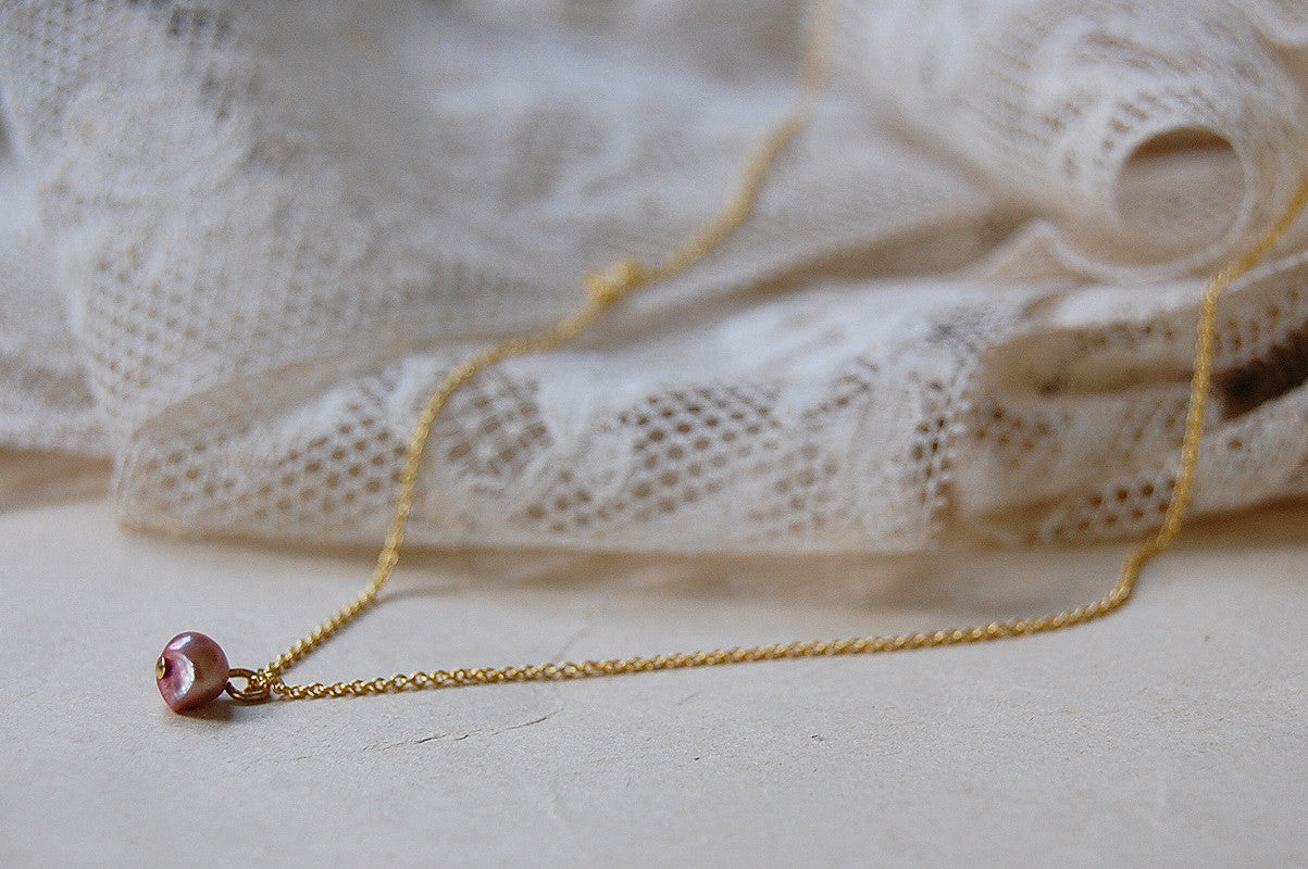 'small rose pearl' necklace | 24k gold-plated