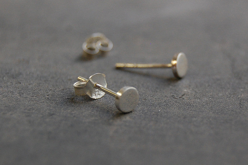 mini round earstuds (925 silver)