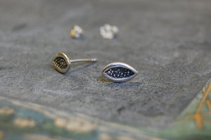 seeds earstuds (925 silver)