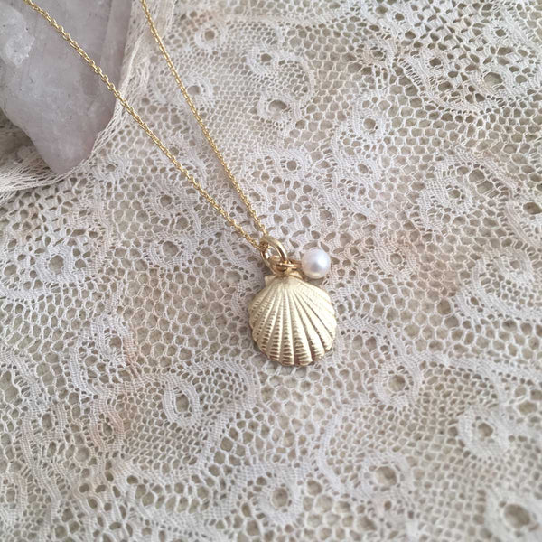 'shell & pearl' necklace | 24k gold-plated