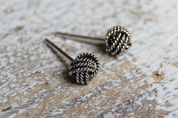 knot earstuds (925 silver)