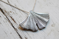 gingko leaf fan necklace (925 silver)