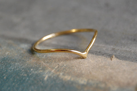 'v ring' (925 silver gold-plated)