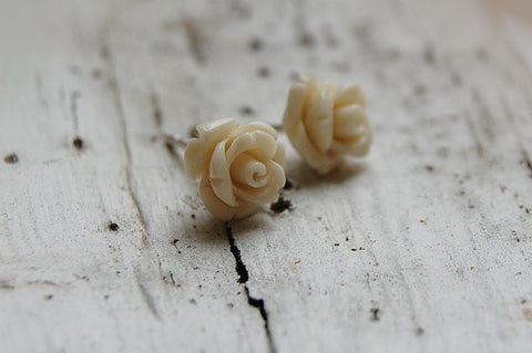 white rose ear studs