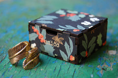 christmas holly gift box (special edition small)