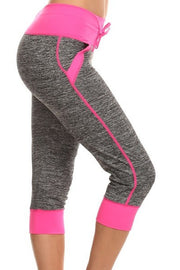 Moisture Resistant Capri Leggings with Pockets | Small/Medium / Fuchsia | Activewear | JacksonsRunaway