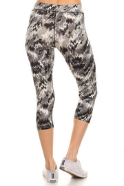 Abstract Print Women's Capri Leggings